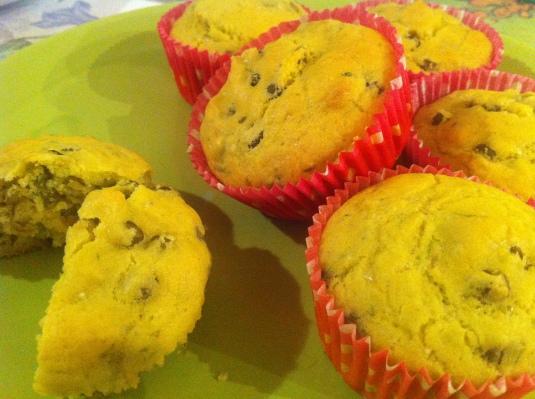 Muffin salati - piselli e erba cipollina